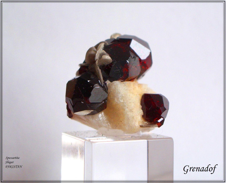 Spessartite gemme PAKISTAN