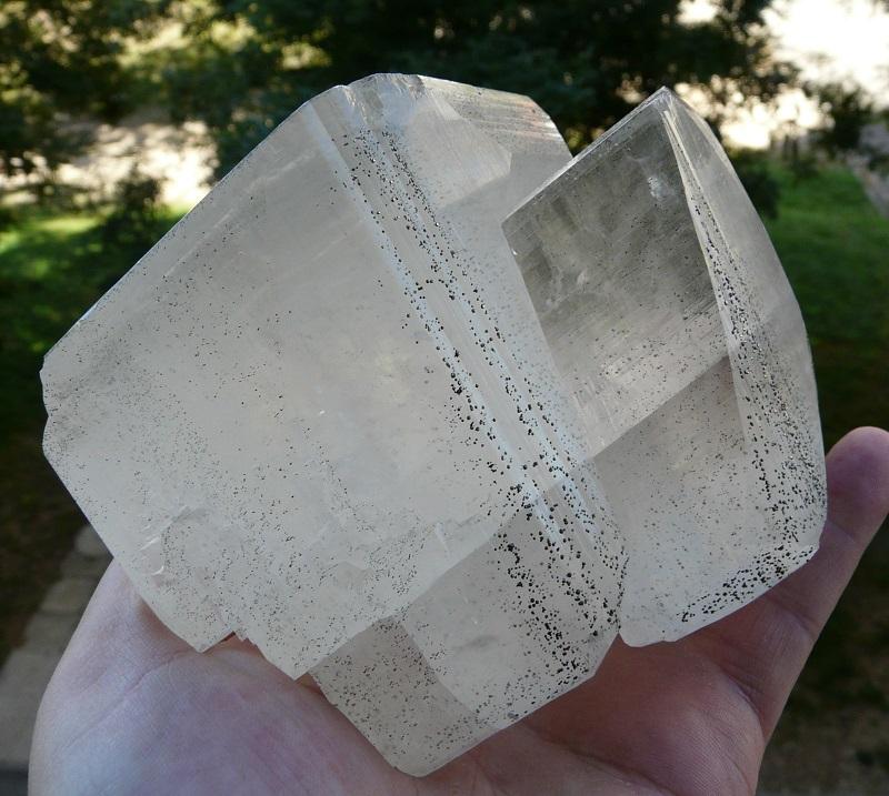 Calcite avec pyrite en inclusion, Dachang Sn-Polymetallic ore field, Nandan county, préfecture Hechi, région Guangxi Zhuang autonomous, Chine.