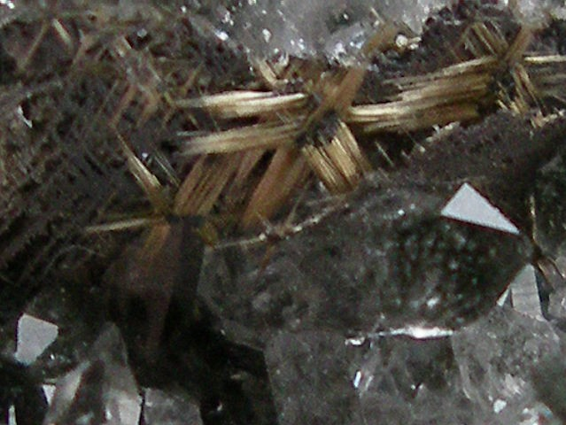 post-2062-0-15688000-1355198826_thumb.jp
