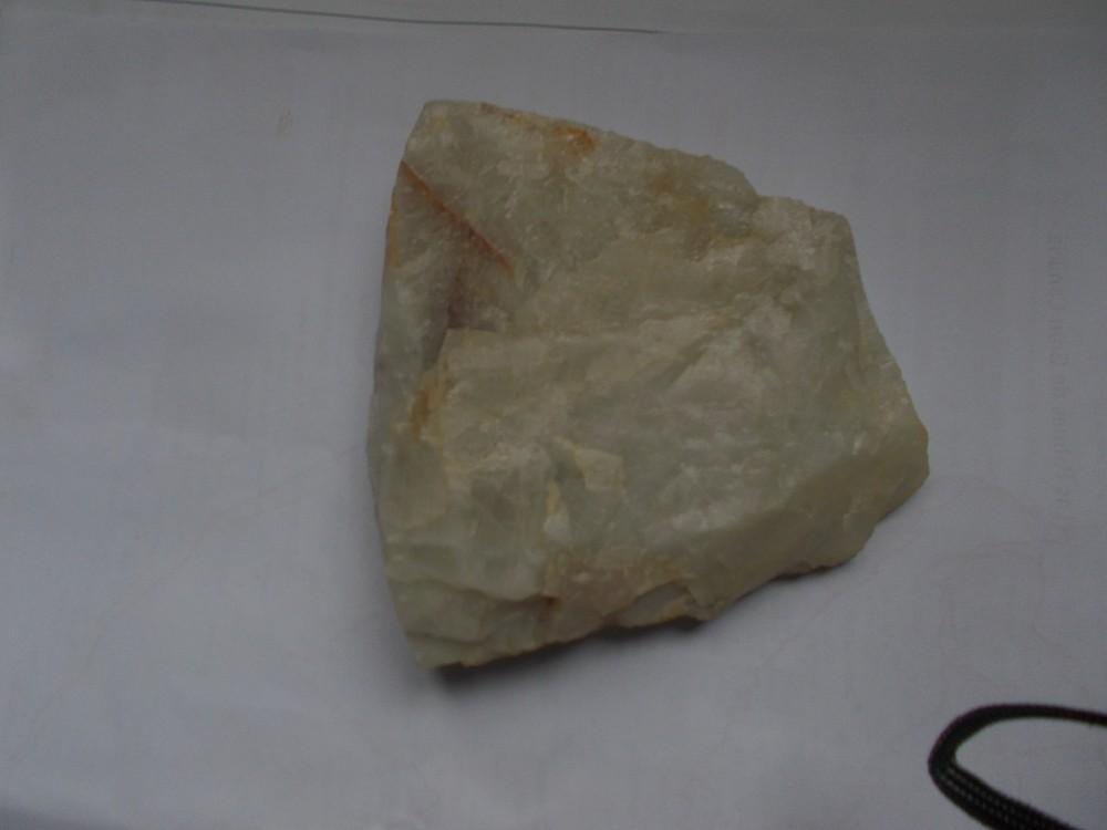 un quartz blanc de la carrière du Dorat 87.JPG