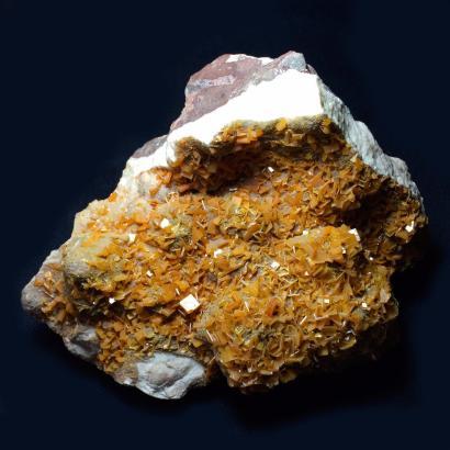 mineral-wulfenite.jpg