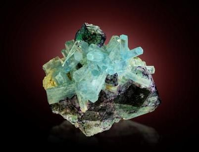 aigue-marine-fluorite-erongo-namibie.jpg