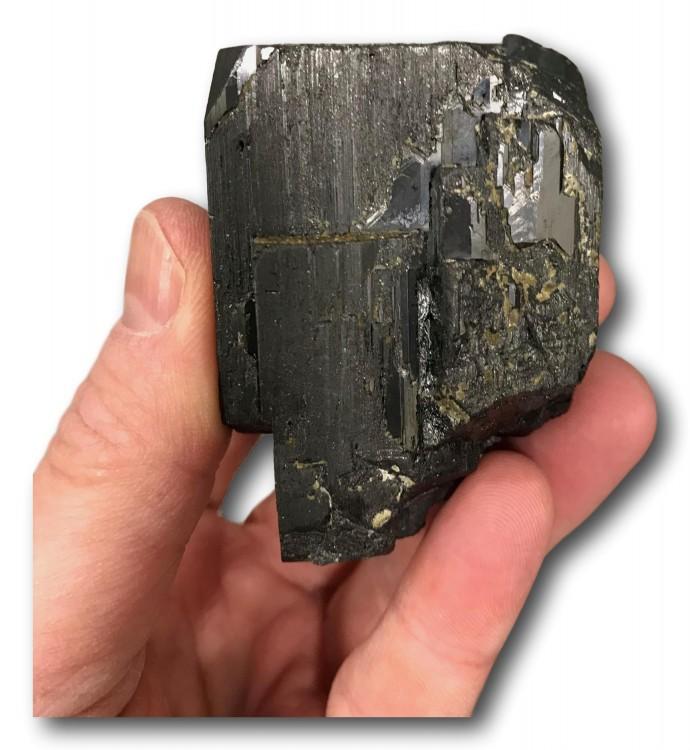 -mineral-wolframite-panasqueira-portugal.jpeg