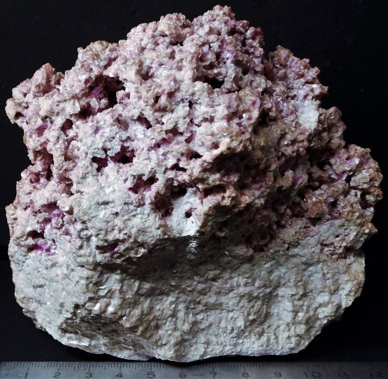 5a25e519842da_(9)327-Rhodonite-ValgravegliaMineReppiaGravegliaValleyNeGenovaProvinceLiguriaITALIE.thumb.jpg.f051fd90d53458ed891011db7bc43c0a.jpg