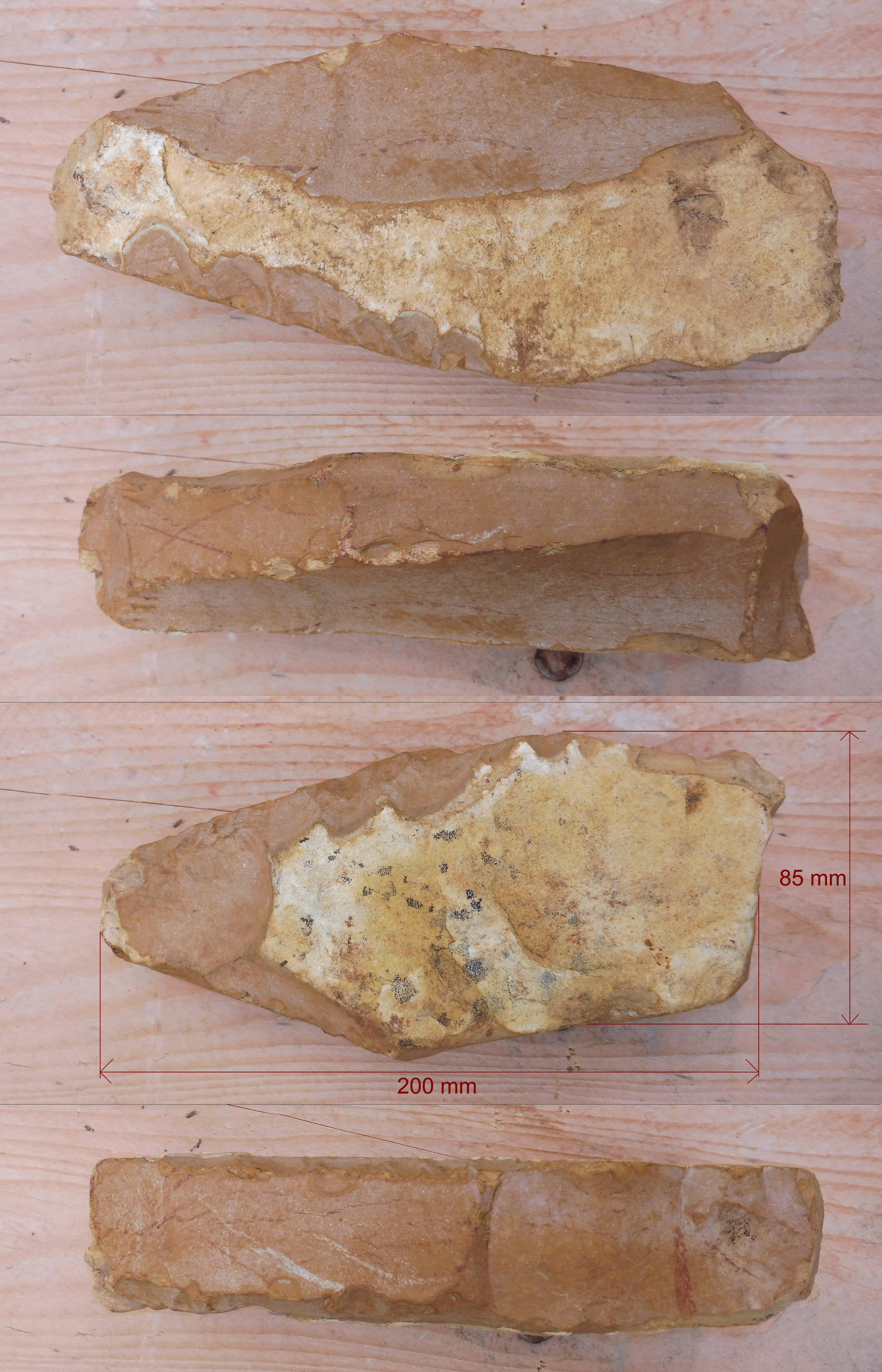 Pierre De L Yonne pierre taillée ? eclats naturels ? - forum fossiles et