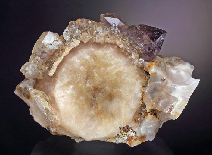 Calcite-st-raphael.jpg.608d4fb40883ea50e1989a6523dddb66.jpg