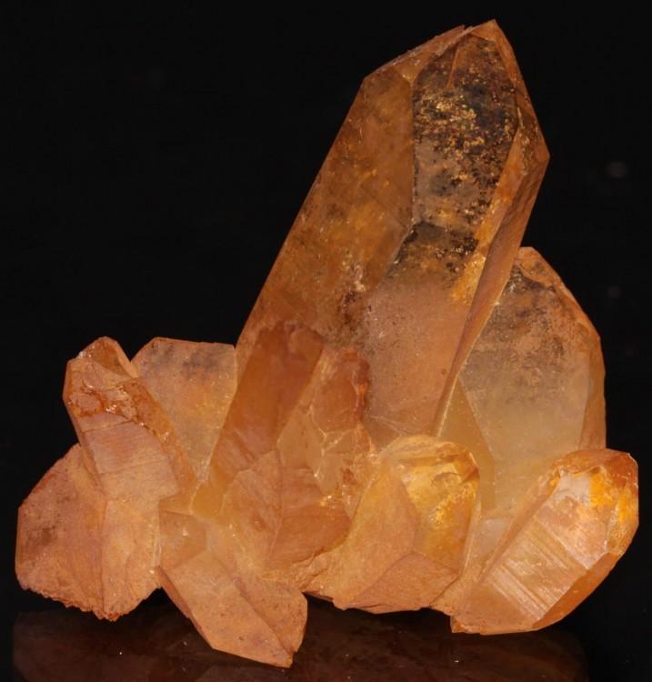 quartz-mineral.thumb.jpg.b9b44064eec9d116882ad9320db65b67.jpg