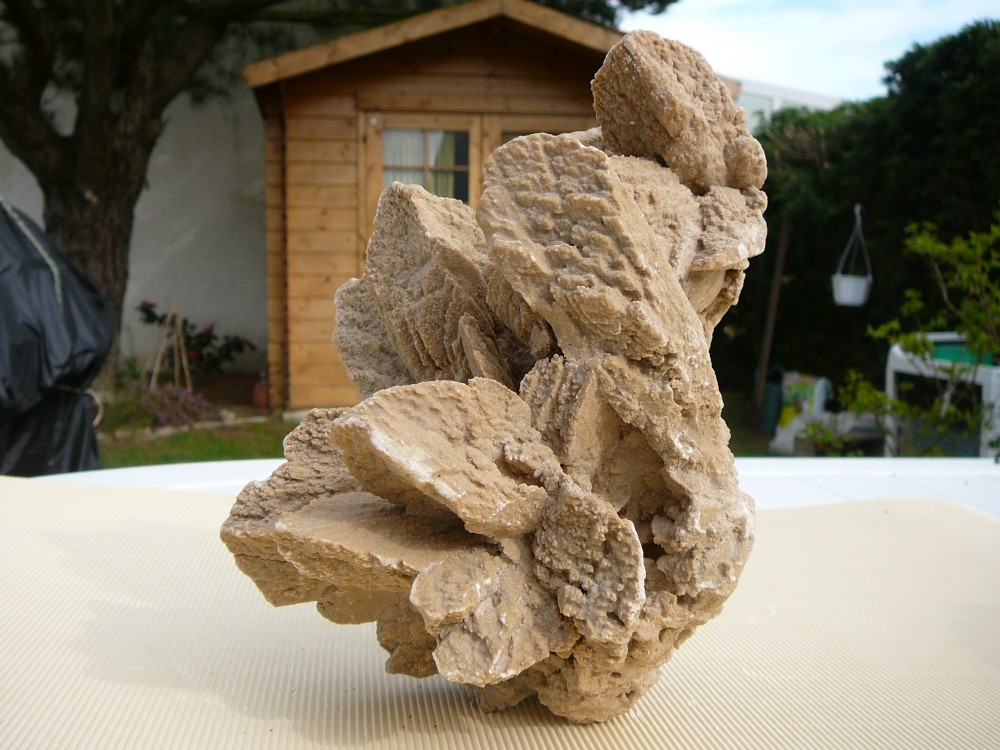 Gypse avec Calcite Gargas Bouches du Rhône France 2.JPG