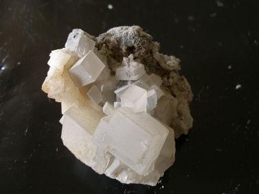 -cristaux-calcite-montdenis-maurienne-savoie.jpg