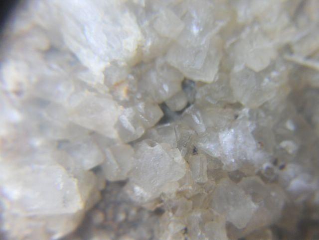 fluorine-bergheim-haut-rhin-alsace-mineral-3.jpg