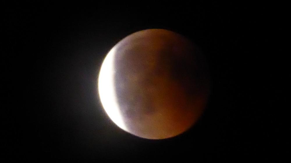 lune2.thumb.jpg.58a869200431059c9116cc3092ba3f8b.jpg