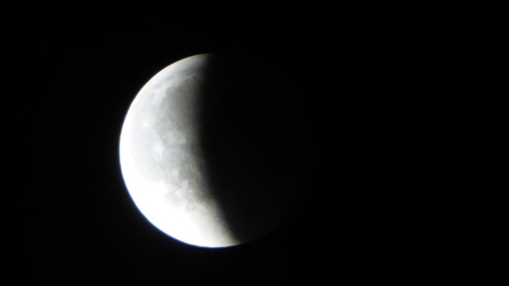 lune2.thumb.jpg.b846ab4898c11b60b70a2e3ab503cf85.jpg