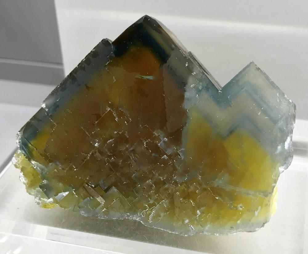 -fluorine-valzergues-mineral-aveyron.JPG