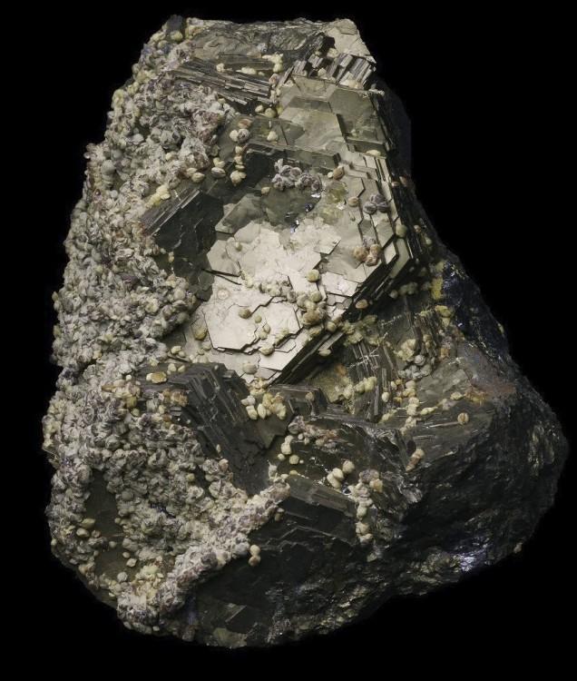 Pyrrothite Trepca Kosovo.jpg