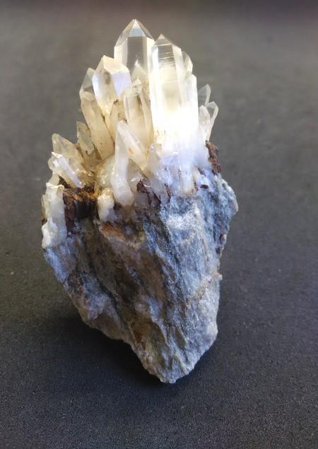 quartz_vaulnaveys.jpg