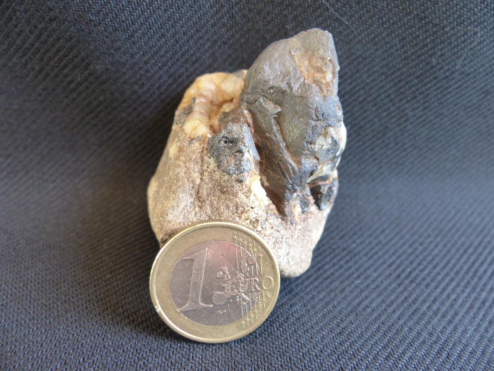 WOLFRAMITE - Anciennes Mines de VAULRY - Secteur Fosse Profonde - HAUTE-VIENNE (87)