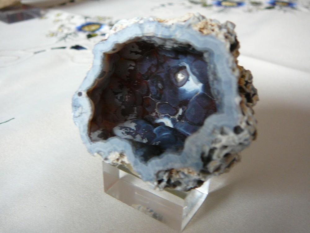 Quartz Calcédoine bleue Charroux Vienne France (7).JPG