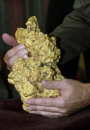 perth-mint-orobel-gold-nugget-most-biggest-nugget-world.jpg