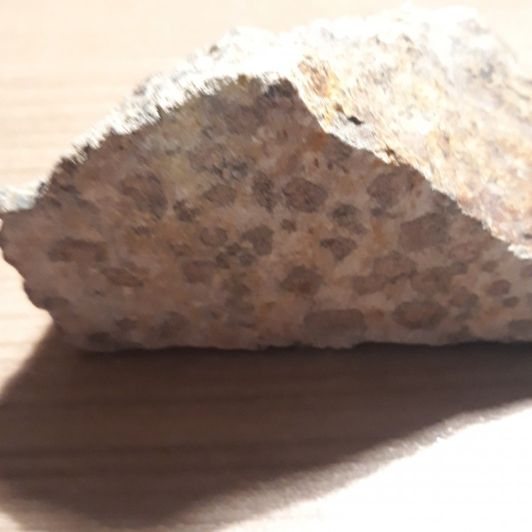 1268865776_Indtermin-roches-4-b-grenats.thumb.jpg.f2b4884b2f21b0f61481633d3b6303e8.jpg