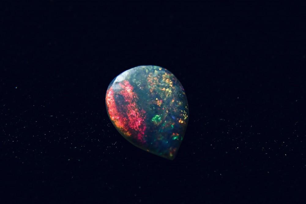 Opale Coober Pedy après taille et polissage BY ME-17mm-9mm-1mm.jpg