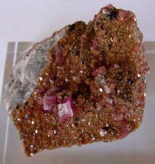 Cobaltocalcite, Baryte, Hétérogénite et Malachite